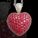 Амулет в форме сердца