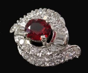 кольцо из рубина