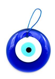 амулет в форме глаза